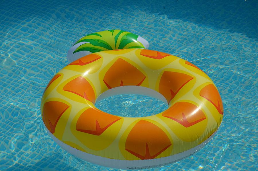 Kinderbadespaß XXL Einhorn UNICORN FLAMINGO Aufblasbar Luftmatratze Schwimminsel Schwan Hai Eis