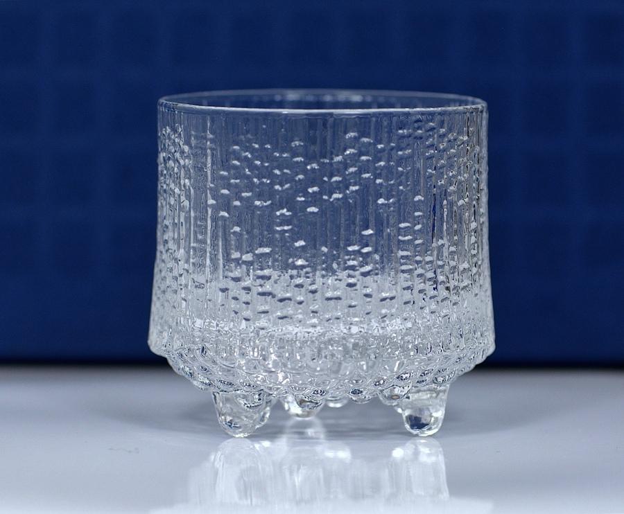 1 Iittala Finnland Glas Ultima Thule Tapio Wirkkala 1968-7,0 //ø 6,7cm15cl-meh.