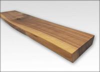 Schwebendes Wandregal mit Baumkante 40 cm x 20 cm x 3,2 cm Nussbaum